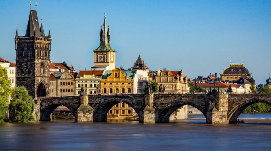 Однодневные туры в Прагу.